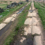 Rutted track to Meltham