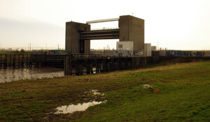 Darent flood barrier