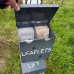 Leaflet box